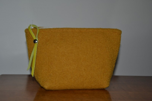 Small-size mustard boiled wool holdall pouche