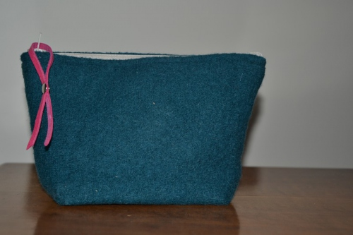 Small size boiled wool holdall pouche