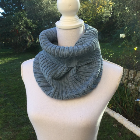 Col snood LONDON couleur bleu denim
