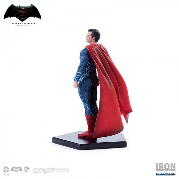 Batman v Superman Dawn of Justice statue Superman Iron Studios