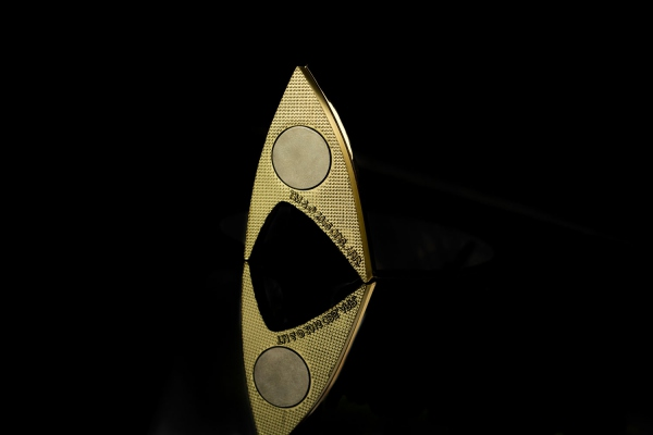 Star Trek réplique 1/1 Starfleet badge magnétique 50th Anniversary Quantum Mechanix