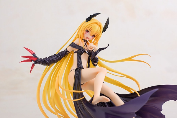 To Love-Ru Darkness statue Golden Darkness Trance of Darkness Freeing