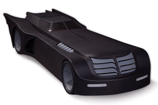 Batman The Animated Series Batmobile 61 cm DC Collectibles