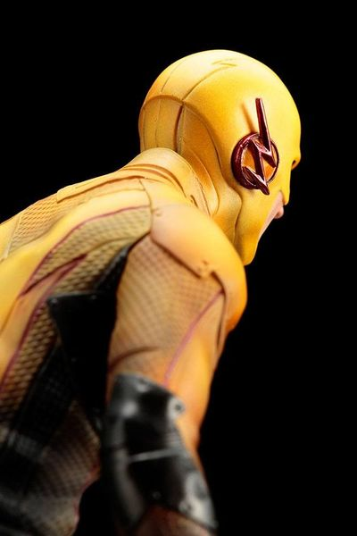 The Flash statue ARTFX+ Reverse Flash Kotobukiya