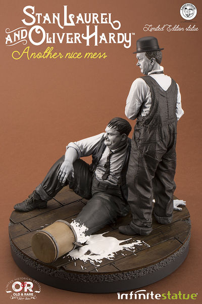 Laurel & Hardy Nice Mess Old & Rare Statue Infinite