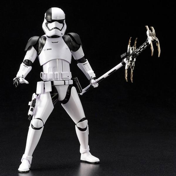 Star Wars Episode VIII statue ARTFX+ First Order Stormtrooper Executioner Kotobukiya