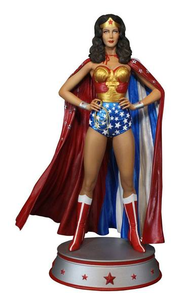 DC Comics statue Wonder Woman Cape Variant Tweeterhead