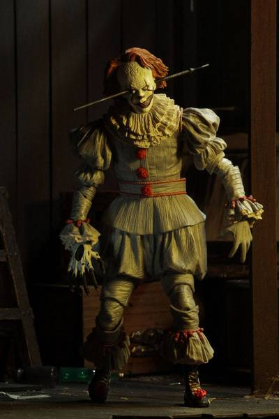 Il est revenu 2017 figurine Ultimate Pennywise Well House Neca