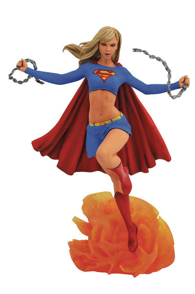 DC Comic Gallery statue Supergirl Diamond Select