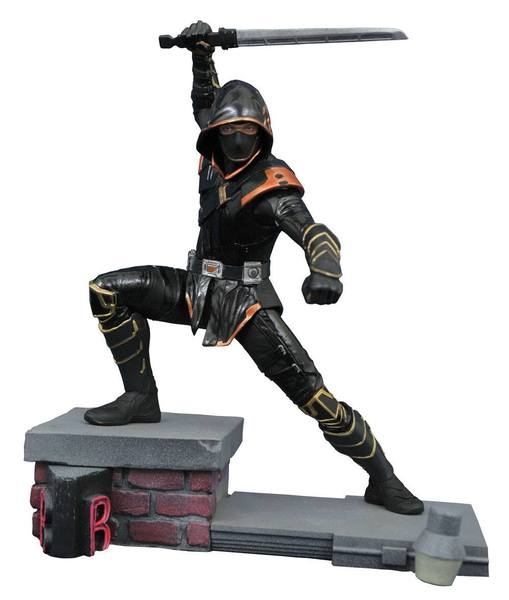 Avengers : Endgame Marvel Movie Gallery statue diorama Ronin Exclusive Diamond Select