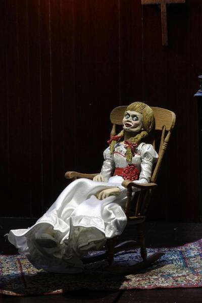 The Conjuring Universe figurine Ultimate Annabelle (Annabelle 3) Neca