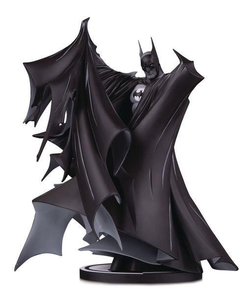 Batman Black & White statuette Batman by Todd McFarlane Diamond Select