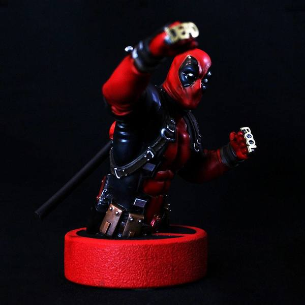 Marvel buste 1/6 Deadpool Semic