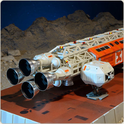 Cosmos 1999 SPACE 1999 BREAKAWAY PART 2 Eagle Die Cast 30 cm Sixteen