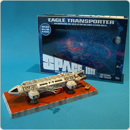 Cosmos 1999 The Exiles Eagle Die Cast 30 cm Sixteen
