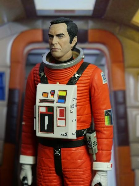 Cosmos 1999  Space 1999 Deluxe Action Figure Commandant Koening in spacesuit Sixteen 12