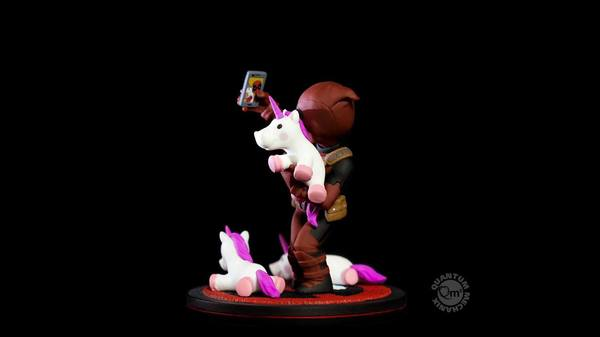 Marvel diorama Q-Fig Deadpool unicornselfie Quantum Mechanix