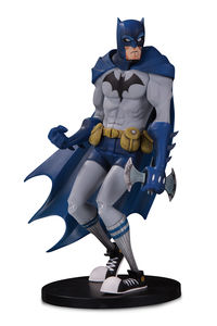 DC Artists Alley Figurine Batman by Hainanu Nooligan Saulque DC Collectibles