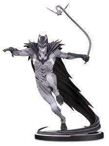 Batman Black & White statue Batman by Kenneth Rocafort DC Collectibles