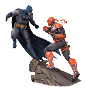 DC Comics statuette Battle Batman vs. Deathstroke 30 cm