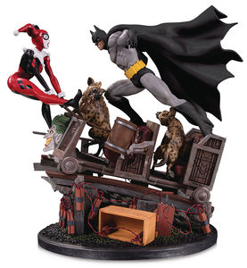 DC Comics statue Batman VS. Harley Quinn Battle Second Edition DC Collectibles