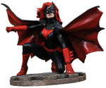 DC Comic Gallery statue Batwoman Diamond Select Batman