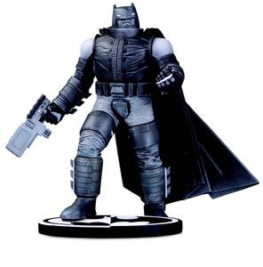 Batman Black & White statuette Batman by Frank Miller DC Collectibles