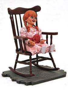 The Conjuring Universe Horror Movie Gallery statuette PVC Annabelle  Diamond Select
