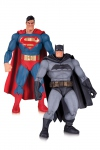The Dark Knight Returns pack 2 figurines Superman & Batman 30th DC Collecitbles