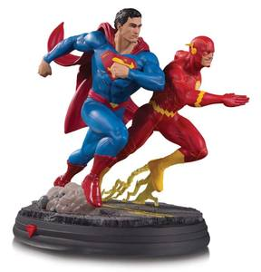DC Gallery statue Superman vs The Flash Racing DC Collectibles