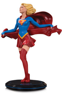 DC Comics Cover Girls statue Supergirl by Joelle Jones DC Collectibles