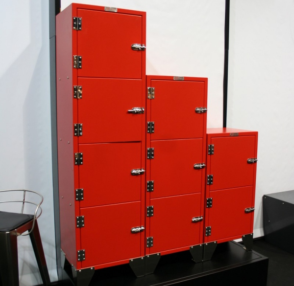 colonne metal 4 tiroirs rouge meuble industriel. Black Bedroom Furniture Sets. Home Design Ideas