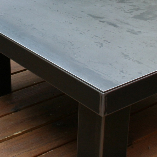 Table industrielle acier brut