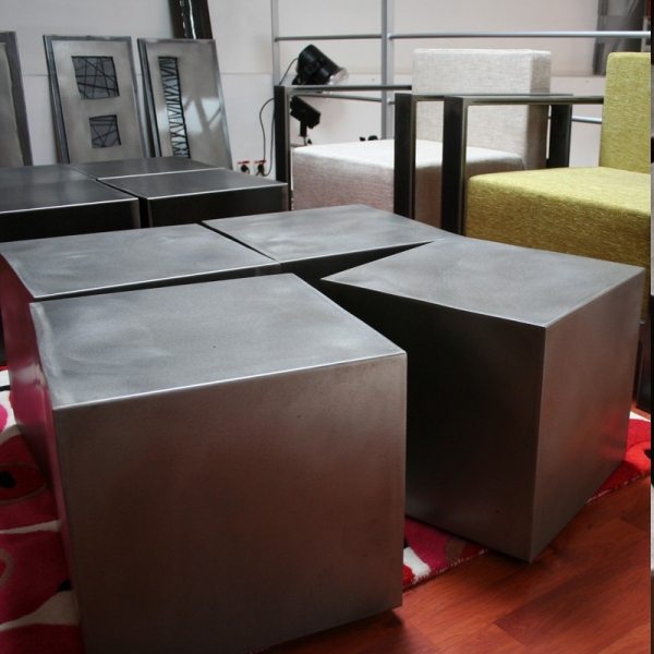 Table basse métal 4 cubes