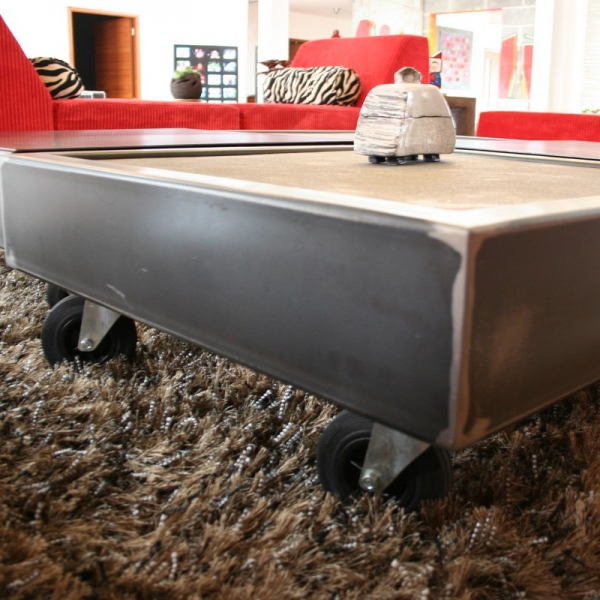 Table basse design métal
