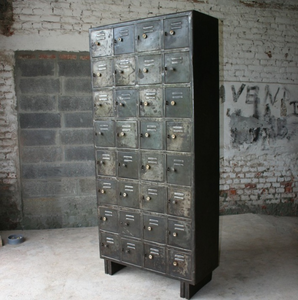 Armoire industrielle casiers meuble industriel - Armoire metallique industrielle occasion ...