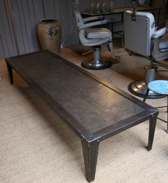 Table basse industrielle acier meuble industriel for Table industrielle