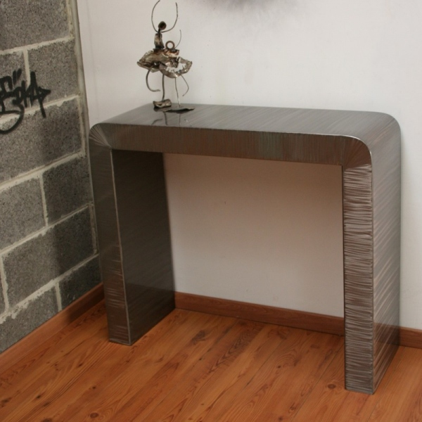 Console design console meuble meuble metal console m tal for Meuble tv arrondi