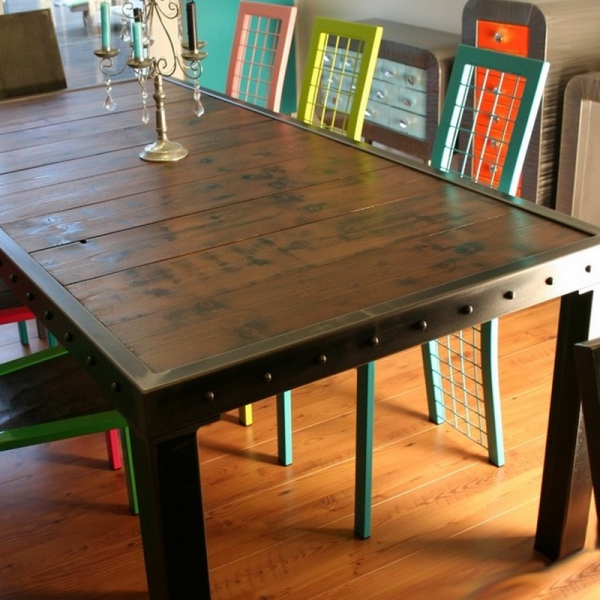 Table salle manger bois et bords m tal table salle manger design m tal - Table carree bois metal ...