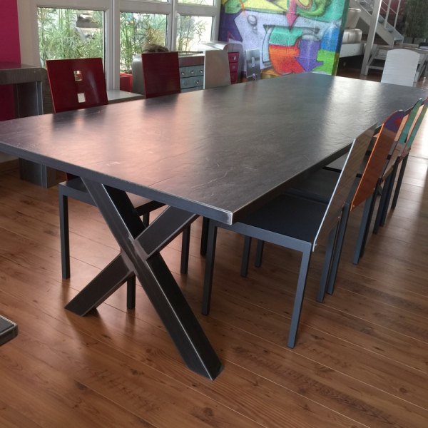Table basse c ramique table salle manger c ramique for Table salle a manger en ceramique