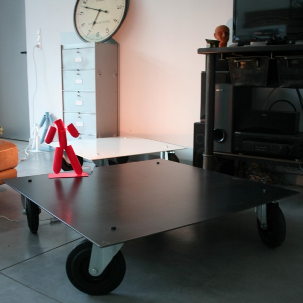 Table basse metal usine