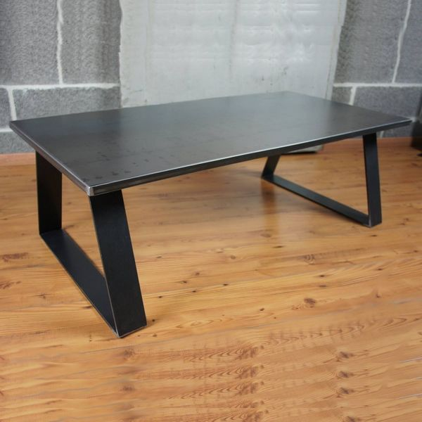 table basse m tal industrielle table basse design. Black Bedroom Furniture Sets. Home Design Ideas