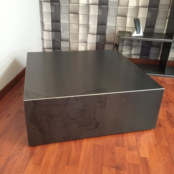 table basse m tal cube table basse m tal table basse design. Black Bedroom Furniture Sets. Home Design Ideas