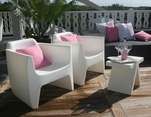 fauteuil de salon de jardin couleurs flashy fauteuil design. Black Bedroom Furniture Sets. Home Design Ideas