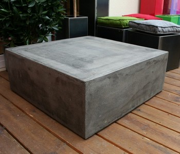 Table basse beton cube table basse design table basse b ton for Table effet beton cire