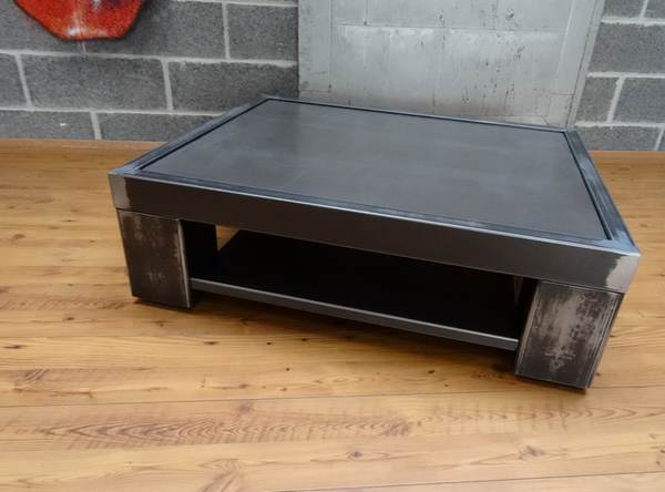 table-basse-metal-design