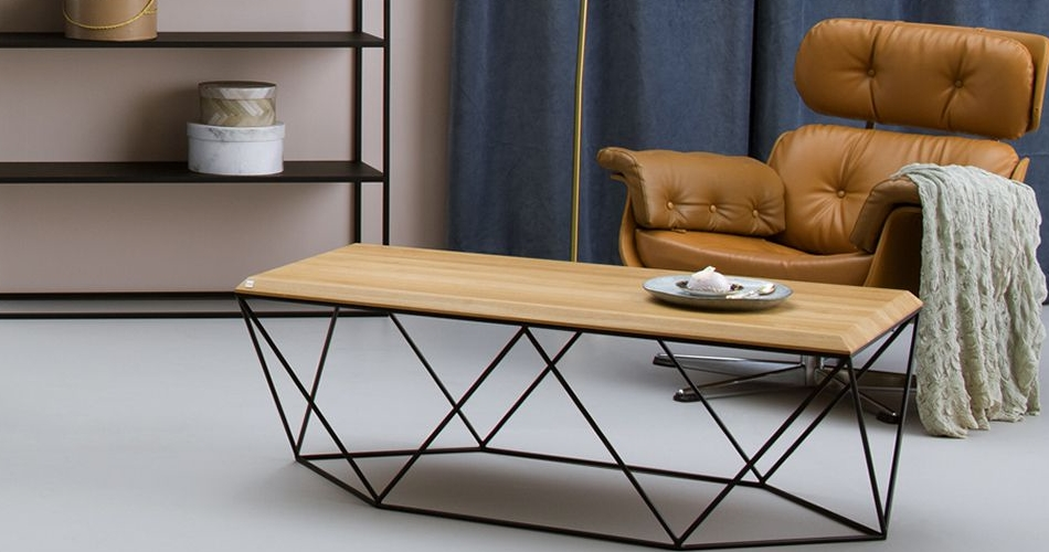 table basse design scandinave pour décoration minimaliste