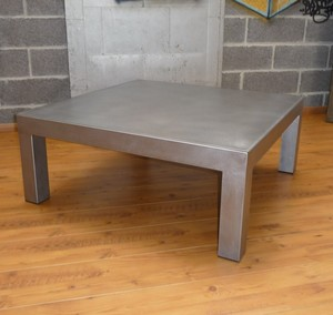 Table basse carr e acier bross table basse design - Table salon metal ...