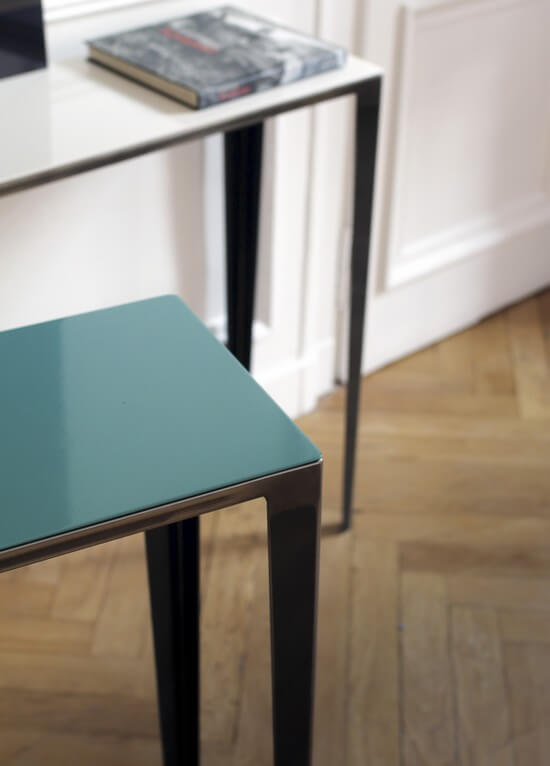 table console design metal