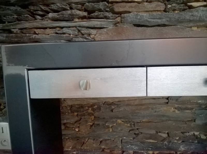table-console-metal-brut